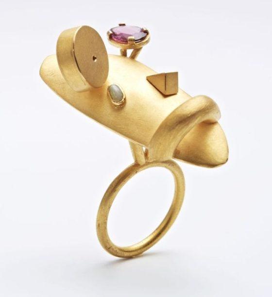 Rike Bartels, Alberto e Amedeo, ring, 2010, goud, stenen