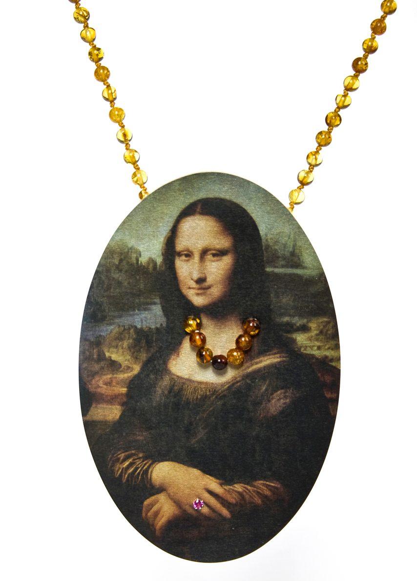 Herman Hermsen, Mona Necklace, halssieraad, 2015, barnsteen, hout