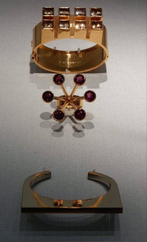 Sigurd Persson, armbanden, ring, 1963. Schmuckmuseum Pforzheim. Foto Coert Peter Krabbe, september 2018