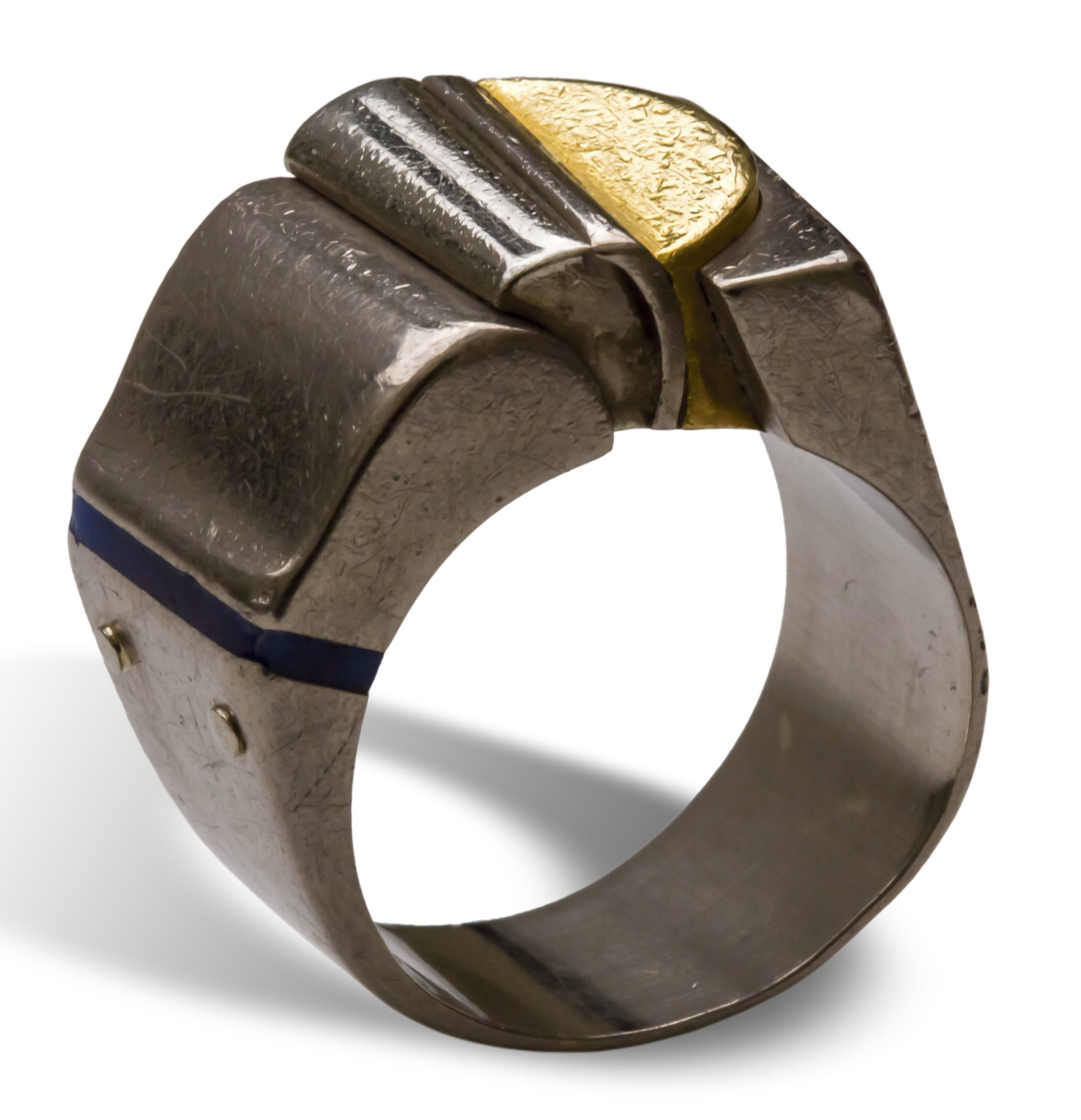 Helfried Kodré, ring. Collectie Ida Boelen-van Gelder. Fotografie Aldo Smit©