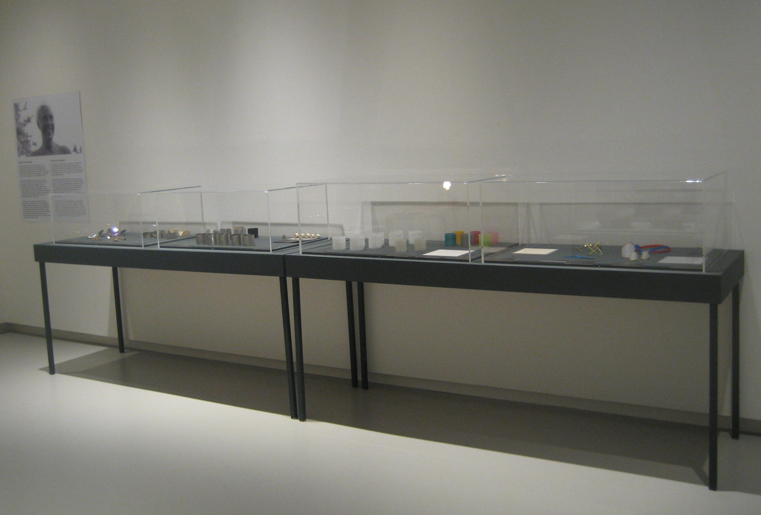 Emmy van Leersum, Toen Emmy nu Gijs, Design Museum Den Bosch, 2018, tentoonstelling, vitrine