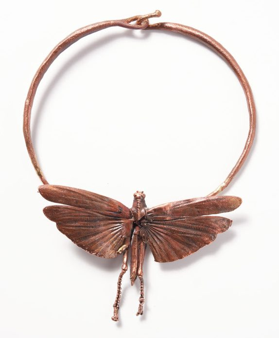 Claude Lalanne, Insecte, halssieraad. Courtesy of Louisa Guinness Gallery©