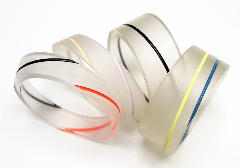 Bel Design, Birgit Laken, Eleonoor van Beusekom, armbanden, circa 1985, foto Birgit Laken, kunststof