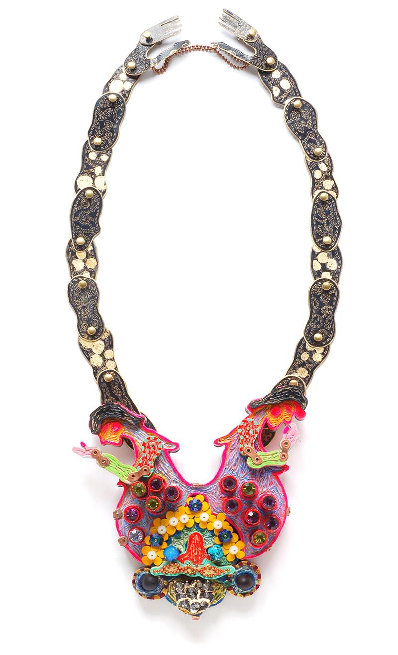 Coco Sung, Twin Amulets, halssieraad. Foto met dank aan Four©