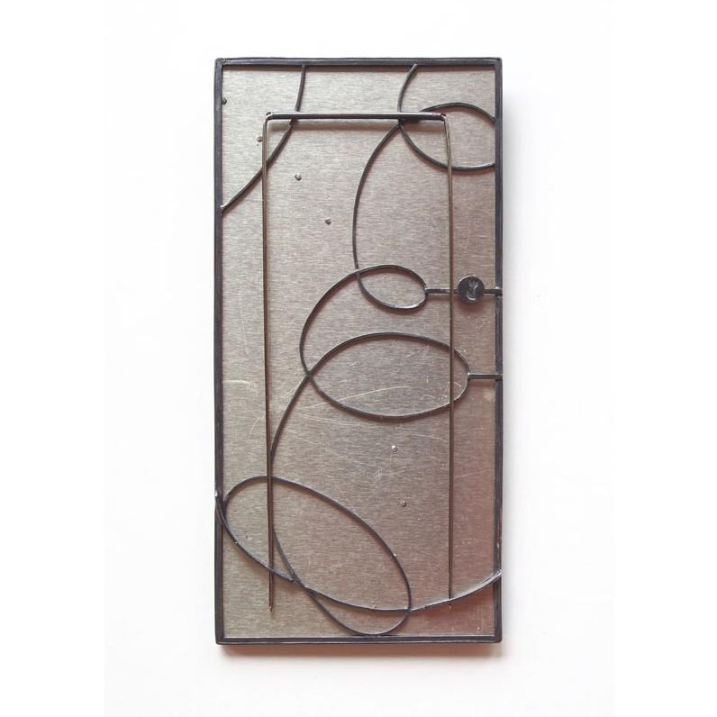 Bettina Speckner, Carousel, broche, achterzijde, 2019, metaal