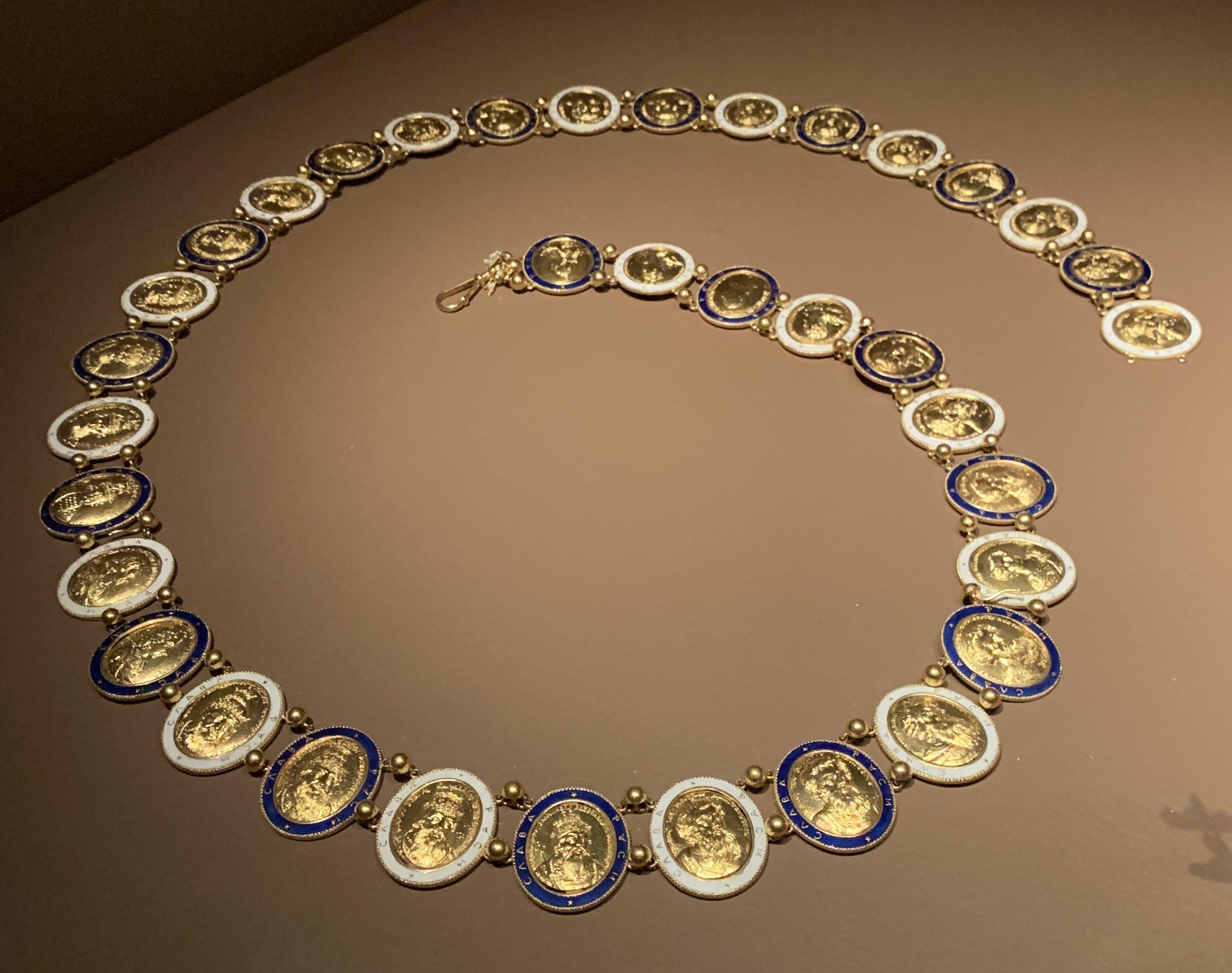 Juwelen! Hermitage Amsterdam, 2019. Ketting, circa 1780-1850. Foto met dank aan SAF, Astrid Berens©