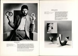 10 Jaar Ra, bladzijde 6 en 7, Arthur de Rijk en Robert Marsden, 1986, foto Anna Beeke, Galerie Ra, foto Anna Beeke©, portret, armband