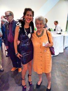 Emiko Oye Met Lois Boardman, LACMA, 1 oktober 2016. Foto met dank aan Emiko Oye, portret, opening, tentoonstelling