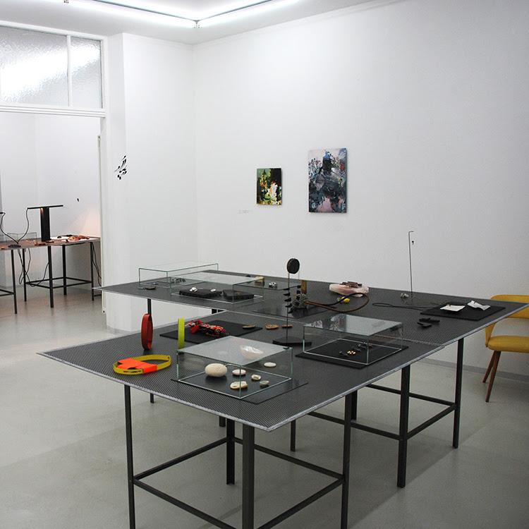 Galerie Door, tentoonstelling
