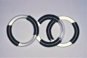 Lous Martin, armbanden Serie Sieraad, 1973. Foto met dank aan Lous Martin©