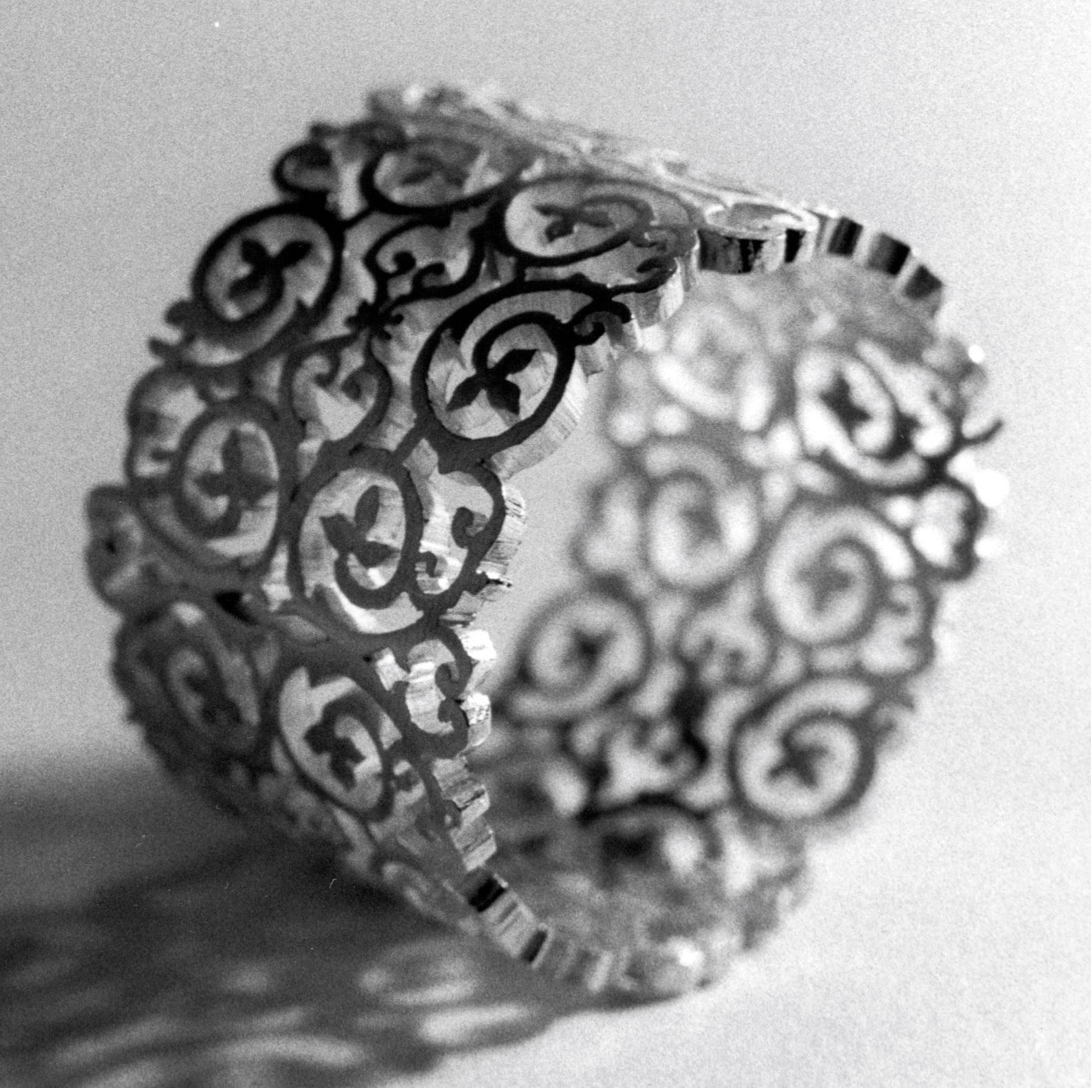 Carla Nuis, ring, 1999, gegoten zilver