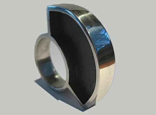 Ben Wisman, ring, 2011, metaal