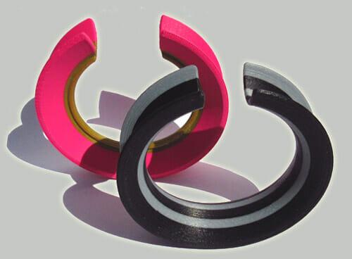 Ben Wisman, armbanden, 2018, kunststof