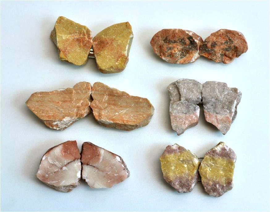 Vered Kaminski, broches, steen, metaal