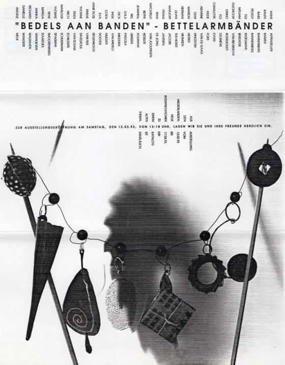 Uitnodiging Bedels aan Banden - Bettelarmbänder, Galerie Cebra, 1993, papier