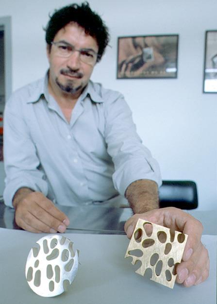 Filomeno Pereira de Sousa, broches, 2020