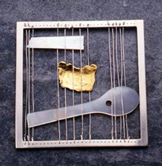 Alexandra Ribeiro, Tear, 1998. Foto João Firmino, zilver, goud, parelmoer
