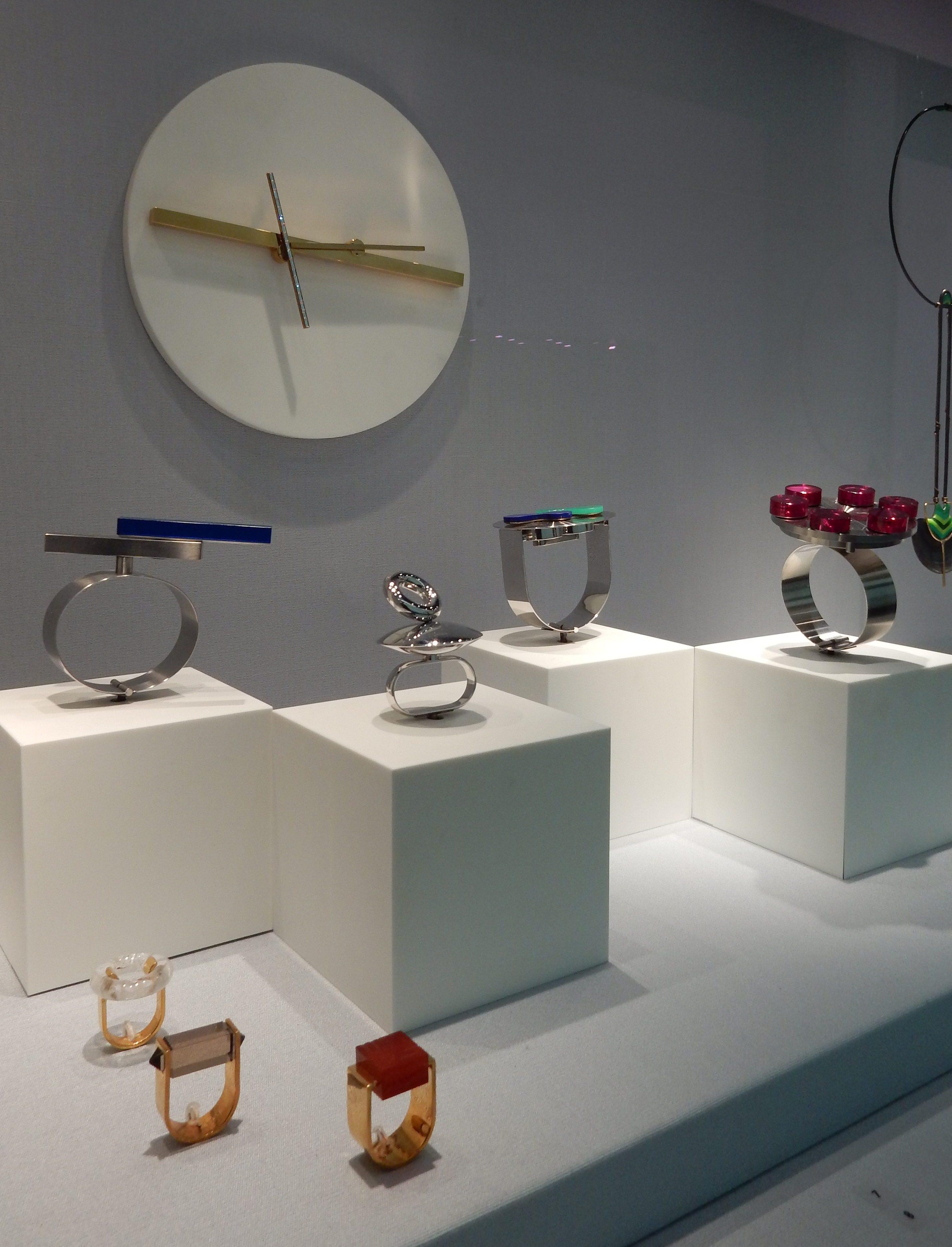 Friedrich Becker, Schmuckmuseum Pforzheim, 11 mei 2019. Foto Coert Peter Krabbe, armband, ring