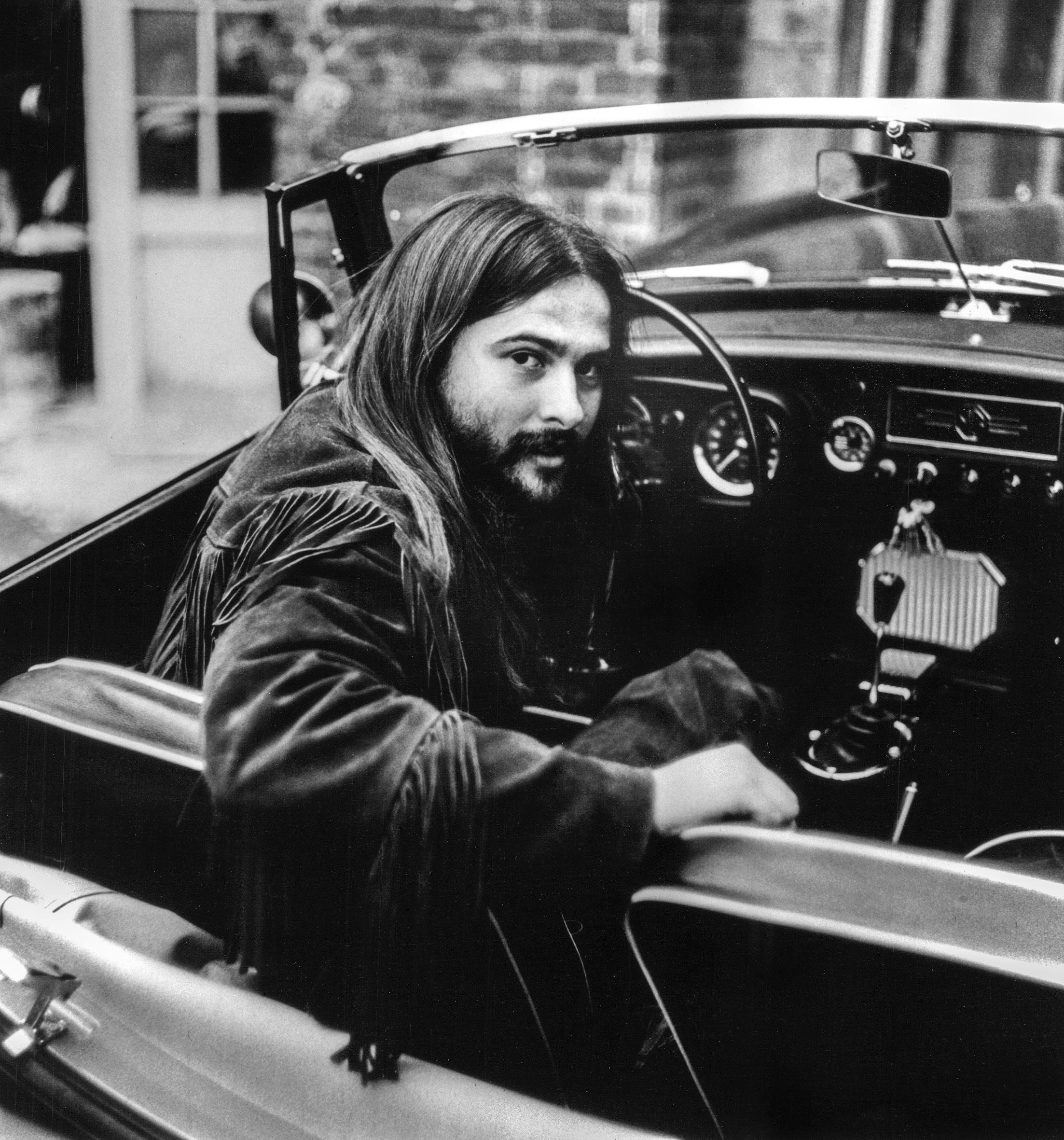 Ken Cory, portret, auto