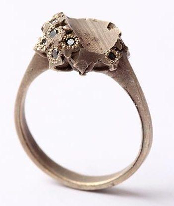 Karl Fritsch, ring, 2012, goud, zwart diamant