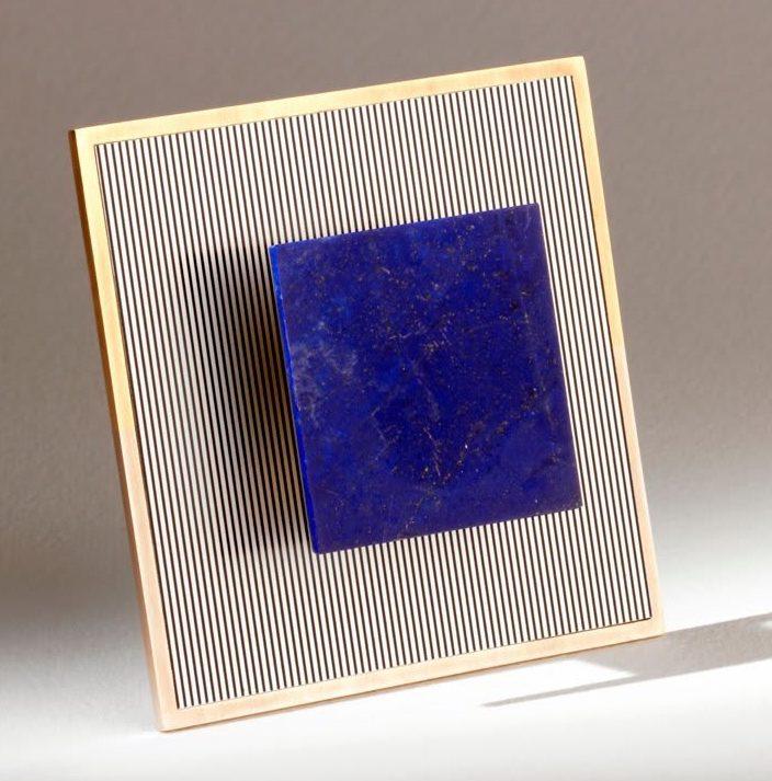 Jesús Rafael Soto, Square Brooch & Pendant, 1968/2011, uitgevoerd door Giancarlo Montebello, goud, aluminium, lapis lazuli
