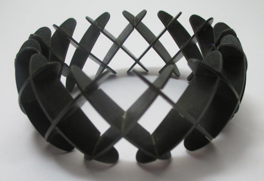 Leo Cahn, armband, 2011. Bitulda Collectie