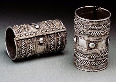 Armbanden, Soedan, 1900-1949. Collectie World Jewellery Museum, zilver