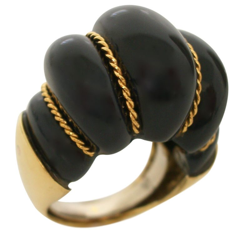 Ring, circa 1960. Foto Kimberly Klosterman, goud, steen