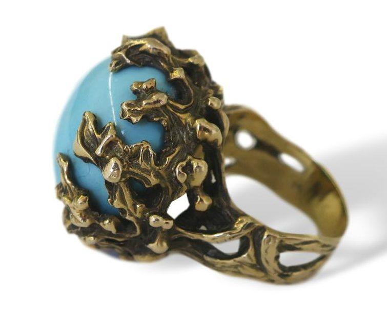 Ring, 1960-1969. Foto Kimberly Klosterman, turkoois, goud