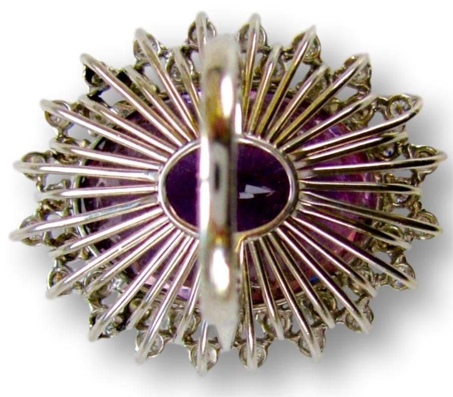 Ring, achterzijde, Verenigde Staten, circa 1960. Foto met dank aan Kimberly Klosterman, amethist, diamant, platina