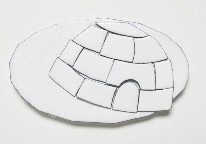 Kirsten Haydon, Ice Shelter, broche, 2007. Foto Gallery Funaki, email, koper, staal