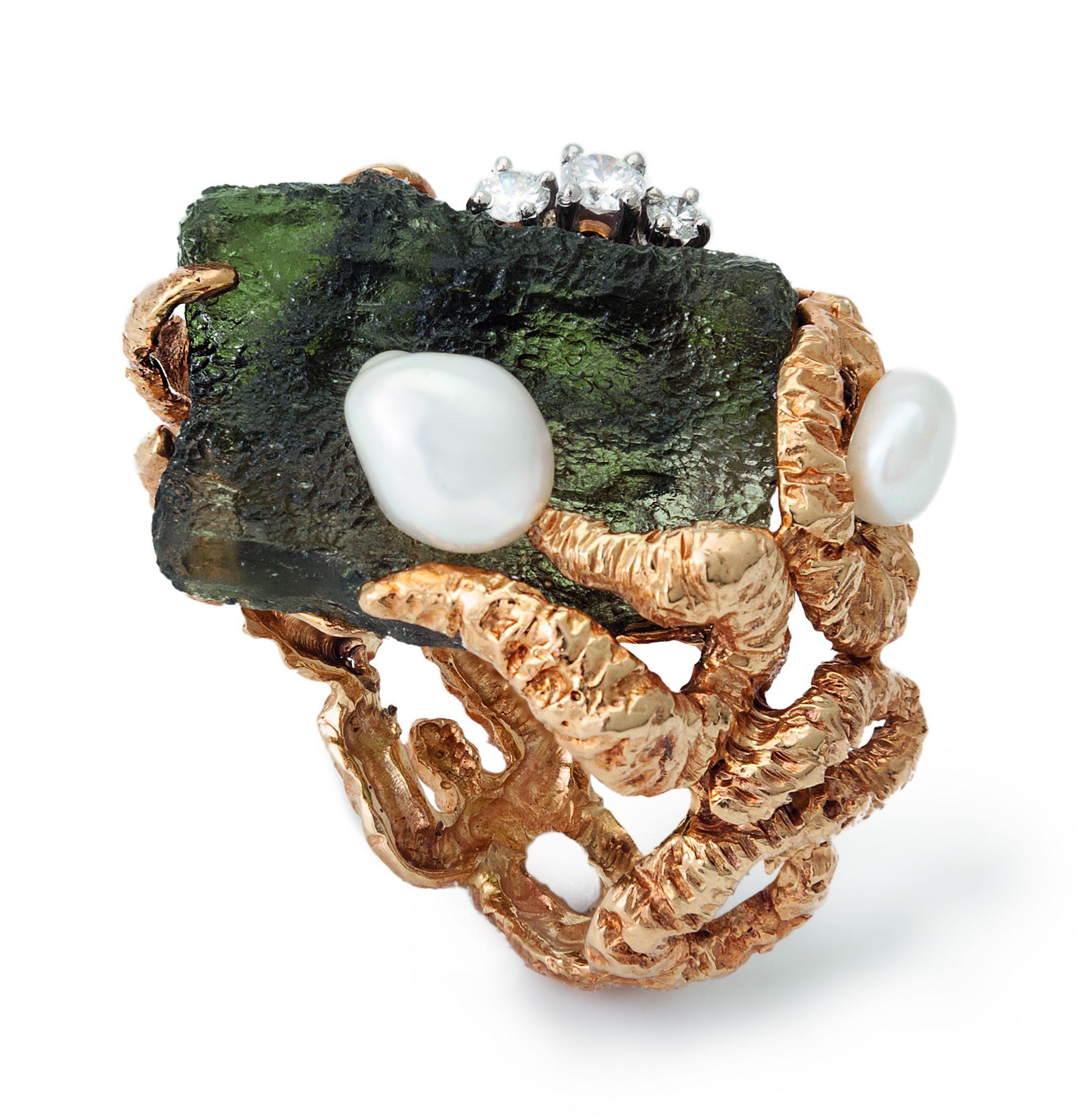 Gilbert Albert, ring, 1960-1969. Collectie Kimberly Klosterman. Foto Kimberly Klosterman, goud, parel, diamant