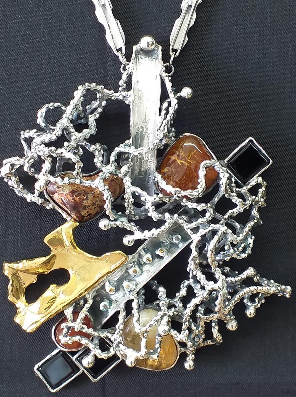 Alberto Gordillo, halssieraad, zilver, jaspis, onyx
