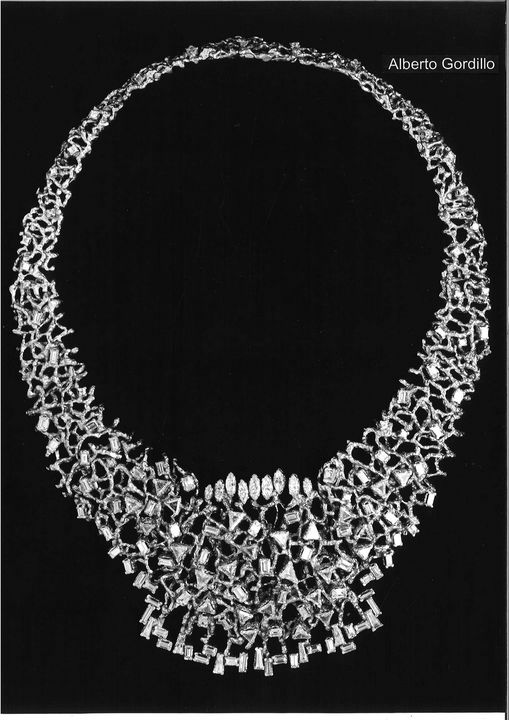 Alberto Gordillo, halssieraad, platina, diamanten