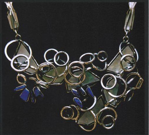 Alberto Gordillo, halssieraad, zilver, stenen