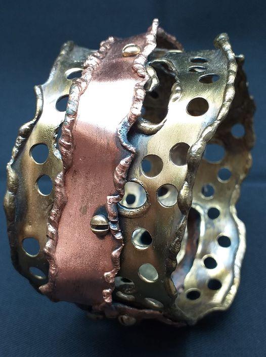 Alberto Gordillo, armband, 1960, koper, schroeven, messing