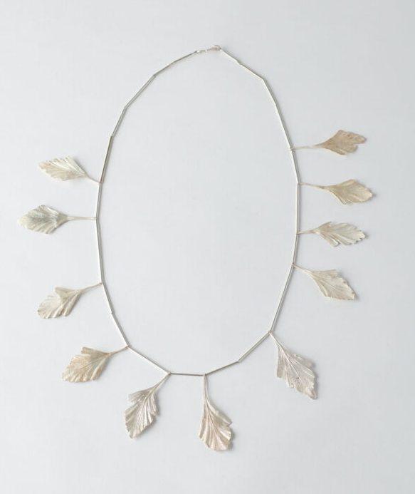 Marian Hosking, Celery Top Pine Necklace, halssieraad, 2018, zilver
