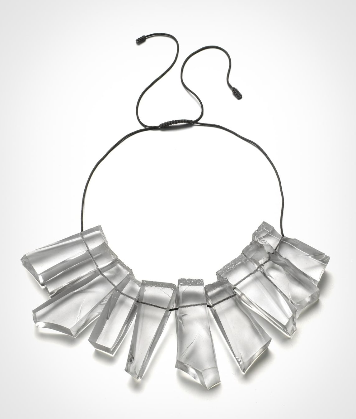 Ron Arad, Rocks Necklace, halssieraad, 2015, silicone, koord