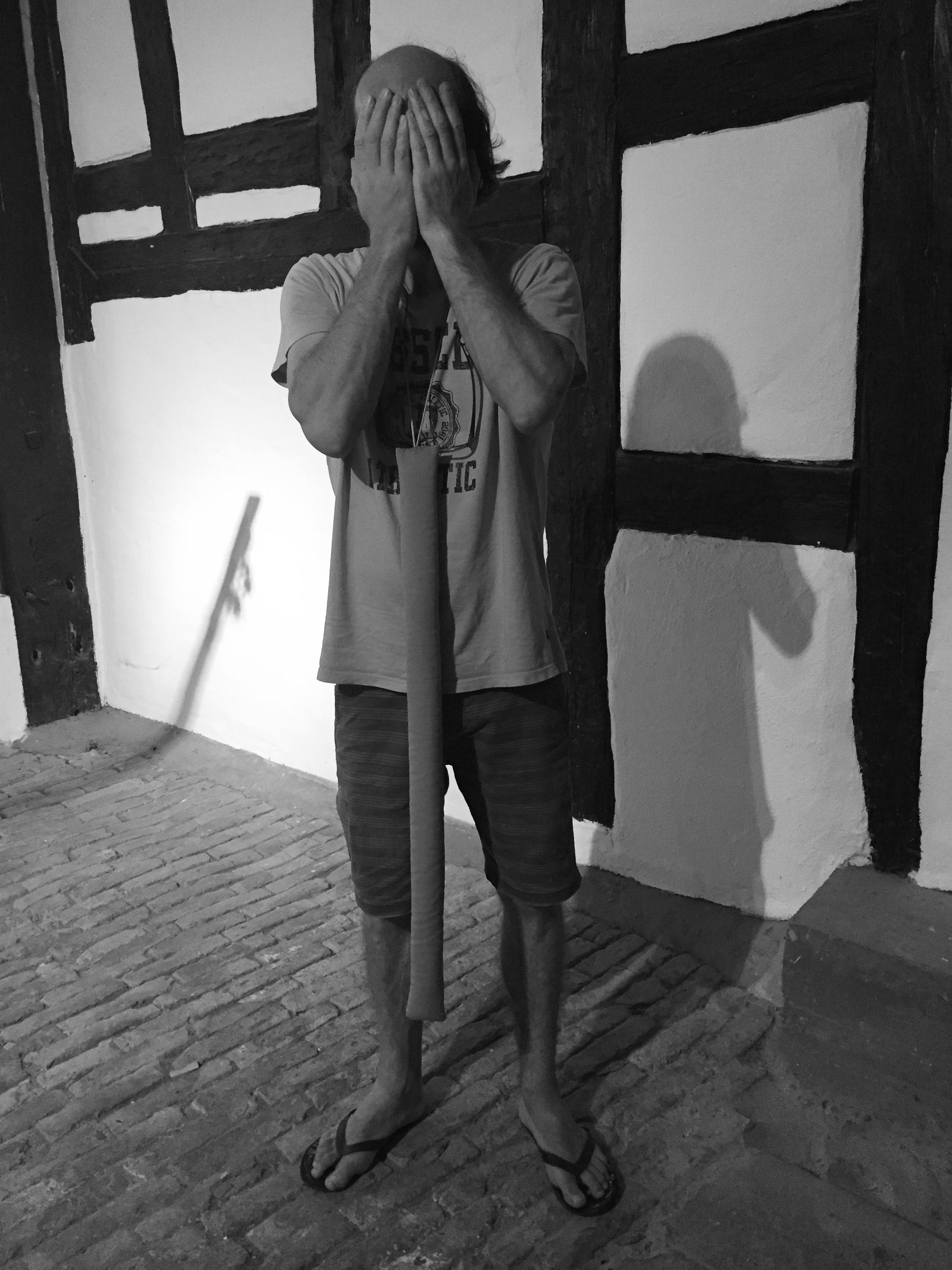 Lisa Walker, halssieraad, 2013. Von Hier und Dort, 2015, textiel