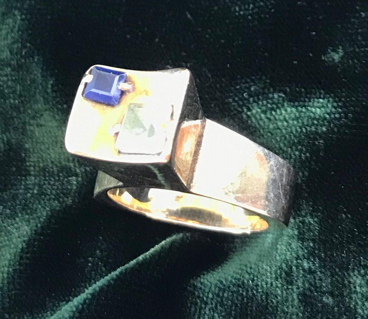 Karel Niehorster, ring van goud met saffier en toermalijn. Particuliere collectie