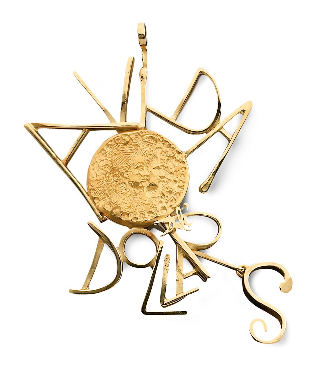 Salvador Dalí, Avida Dollars, hanger, 1966-1967. Particuliere collectie, Parijs, goud