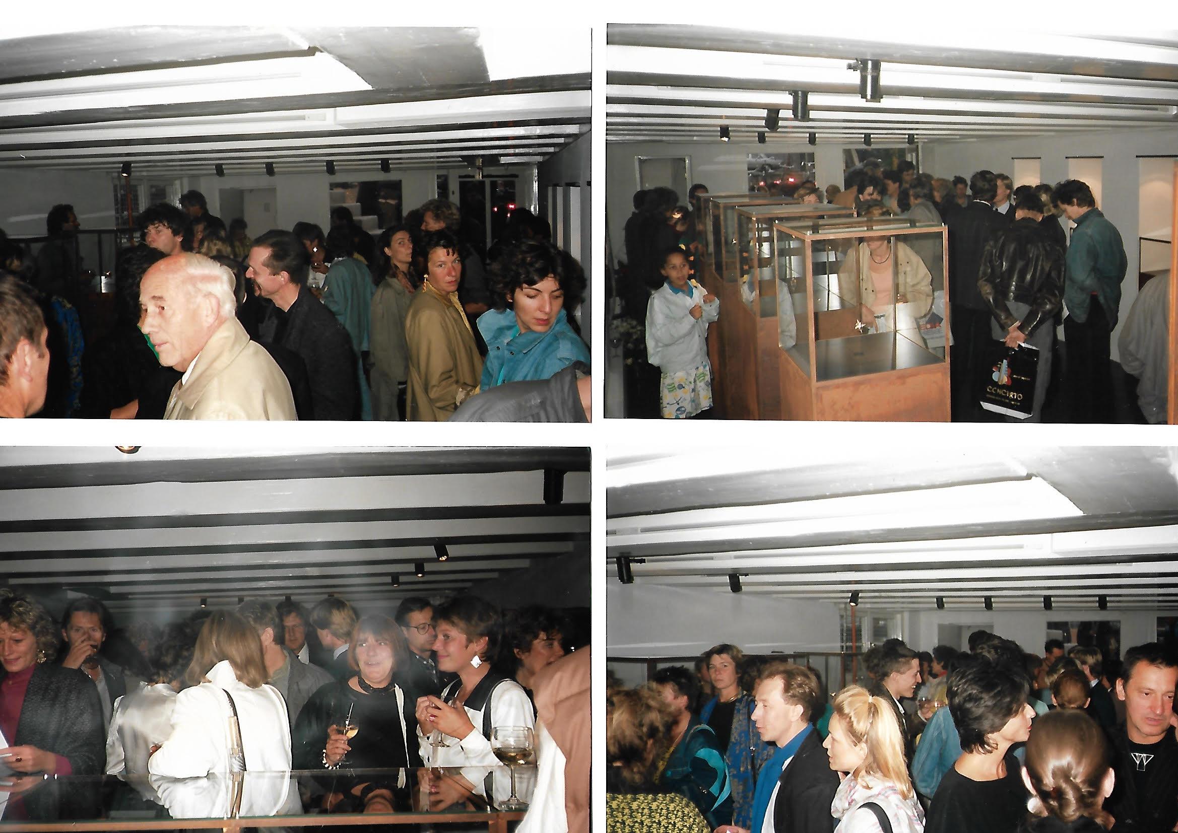 Opening Galerie Louise Smit, september 1986, interieur, vitrines