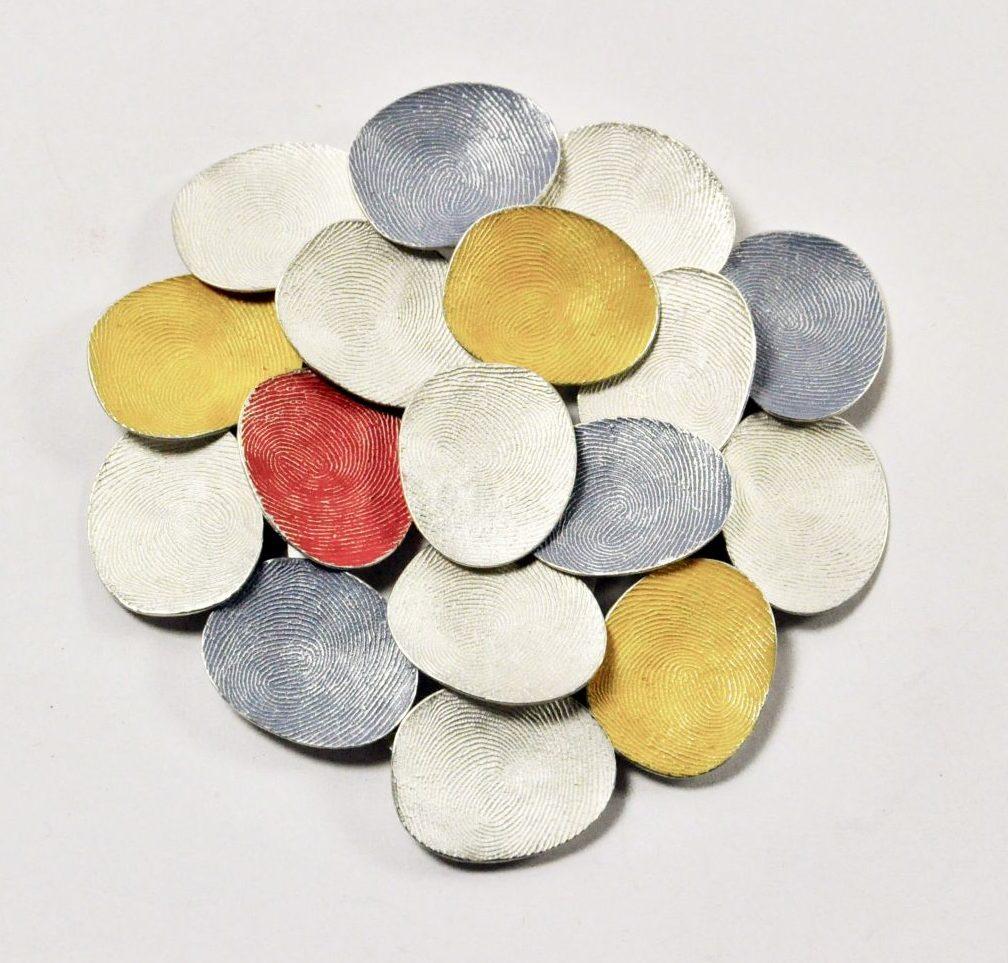 Gerd Rothmann, Alles oder Nichts, broche, 2021, zilver, pigment