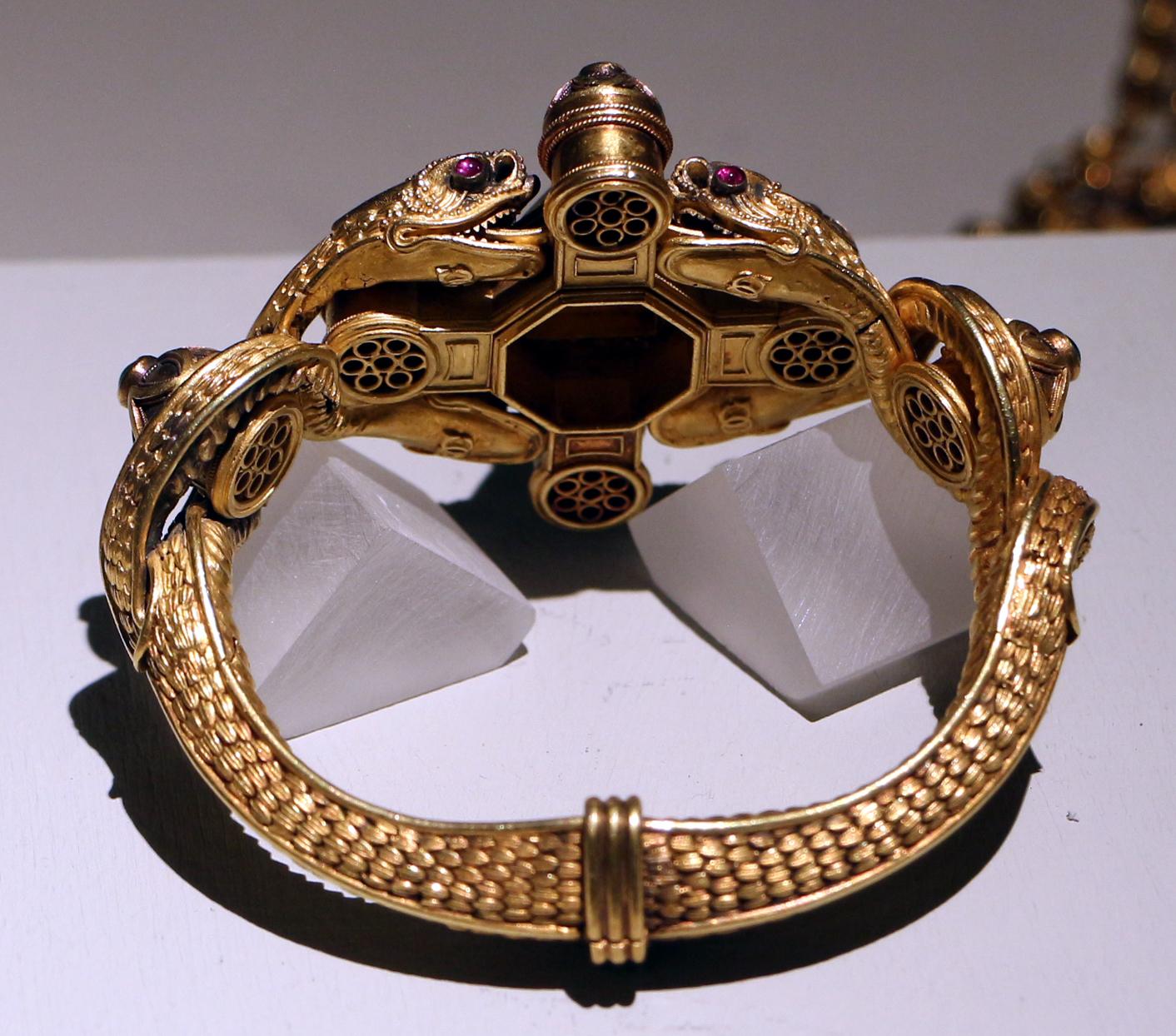 Castellani, armband. Collectie Villa Giulia. Foto Sailko