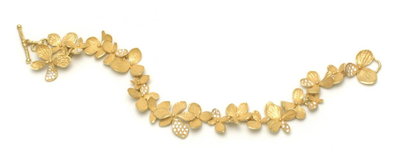 John Iversen, Hydrangea, armband, goud, diamanten