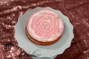 finished rose cake
