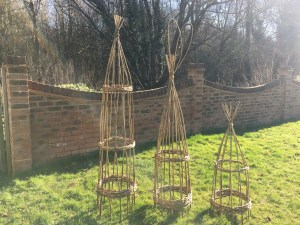 Hazel Obelisk Workshop
