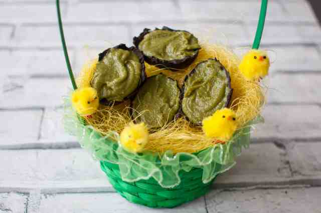 Clean eating chocolate Easter eggs with Mighty Matcha Recipe 5