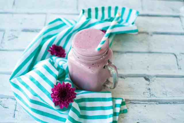 Sweet potato smoothie with lingonberry recipe | Hedi Hearts