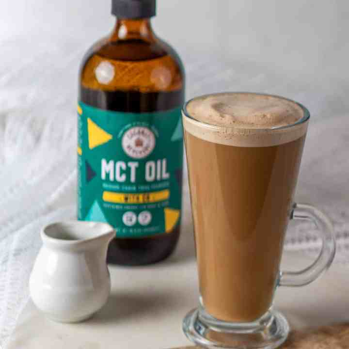 Dairy-Free Bulletproof coffee to kickstart your morning and keep your energised all day long. Easy, tasty with no gluten or added sugar. #Veganrecipes #coffee #mctoil #mctoilrecipes